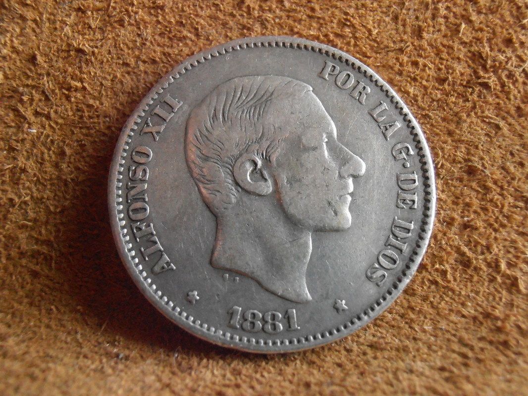 50 centavos 1881 P4250003