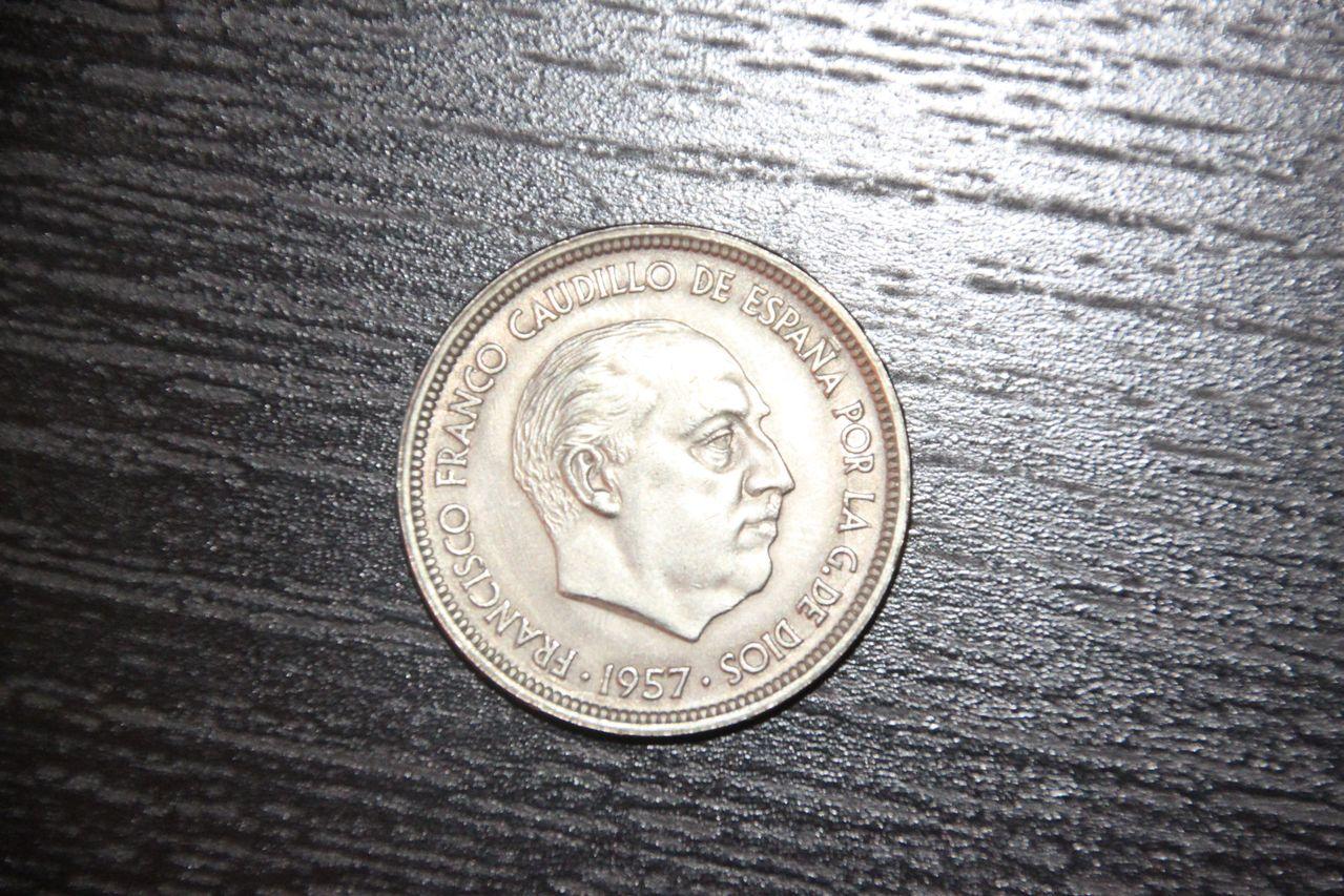 50 pesetas 1957 *58 IMG_1225