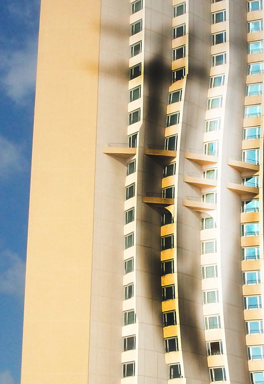 Allgemeine Freimaurer-Symbolik & Marionetten-Mimik - Seite 4 Hotel_001