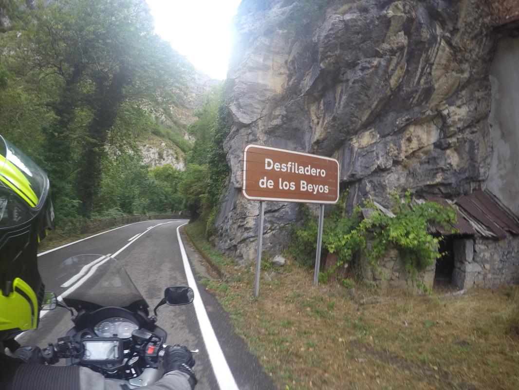 13 dias, Picos da Europa, Pirineus, Andorra, Barcelona e Madrid GOPR0723