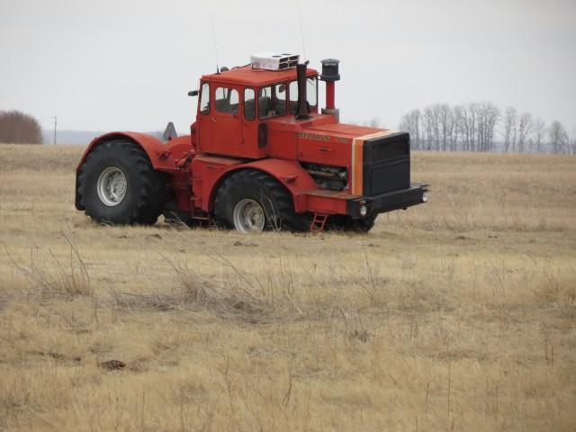 Hilo de tractores antiguos. - Página 40 BELARUS_7010
