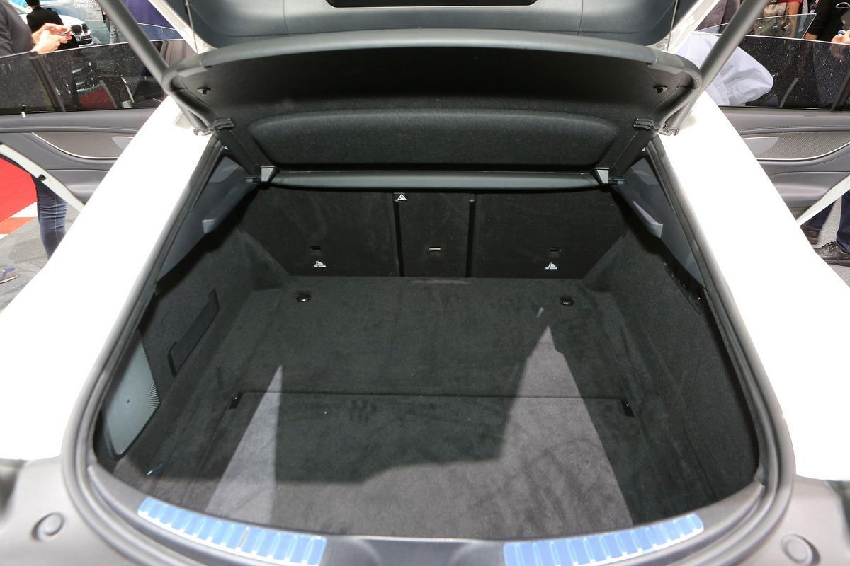 Mercedes-AMG GT 4-Door Mercedes-_AMG-_GT-4-123
