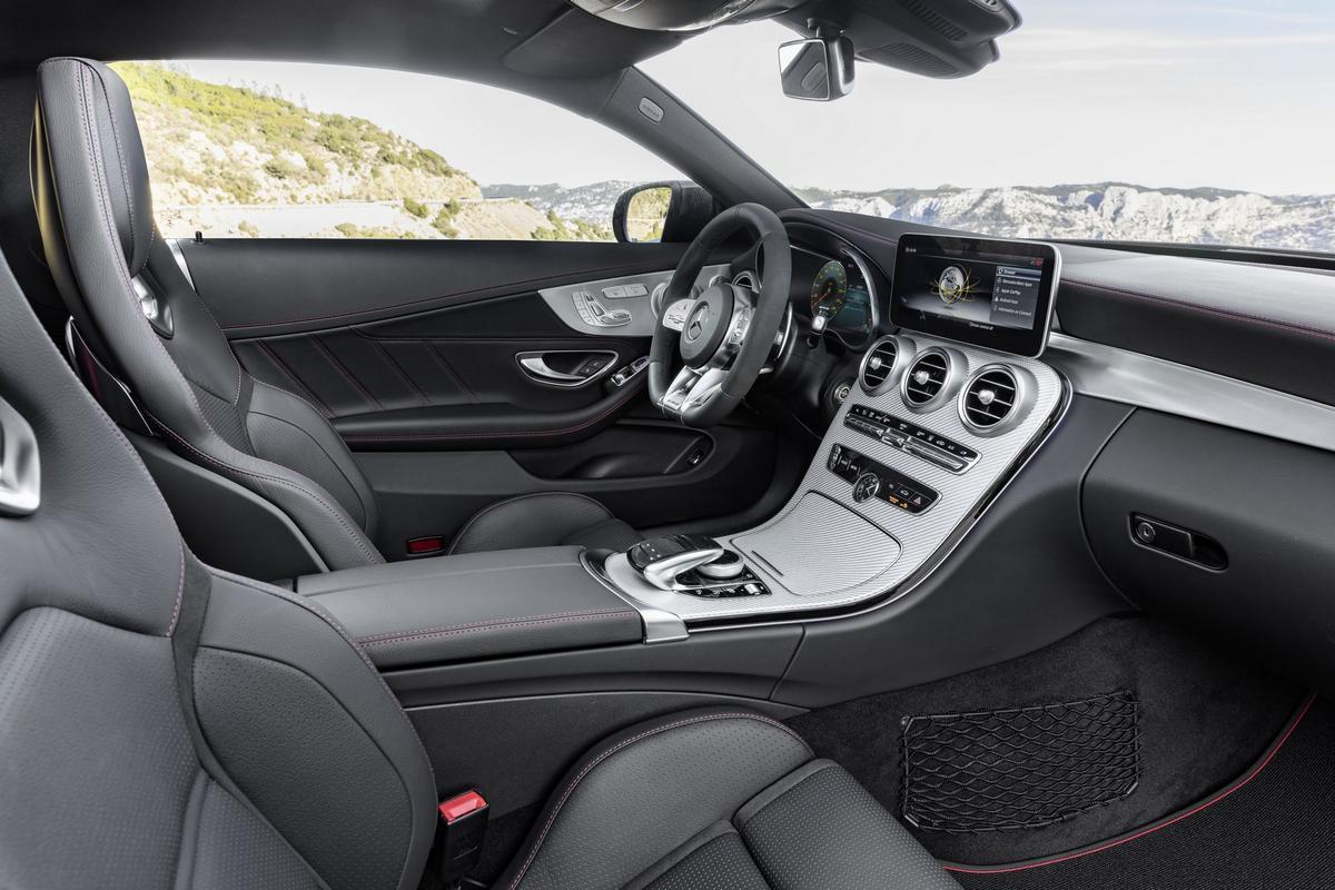Classe C Coupé 2019 (facelift) Mercedes-_C-_Class-_Coupe-_Cabrio-9