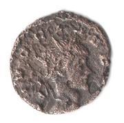 Antoniniano de Claudio II imitación hispánica. CONSECRATIO. Águila a dcha. Mon018a