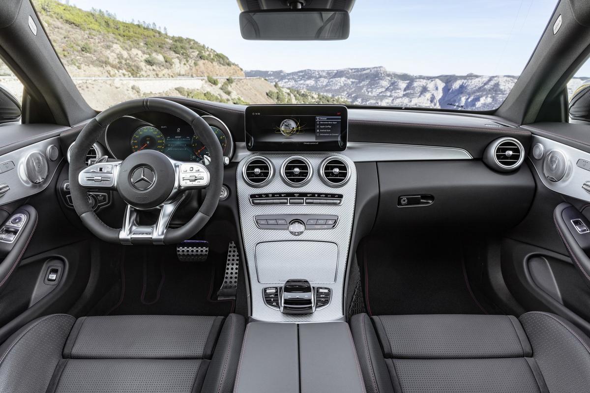 Classe C Coupé 2019 (facelift) Mercedes-_C-_Class-_Coupe-_Cabrio-10