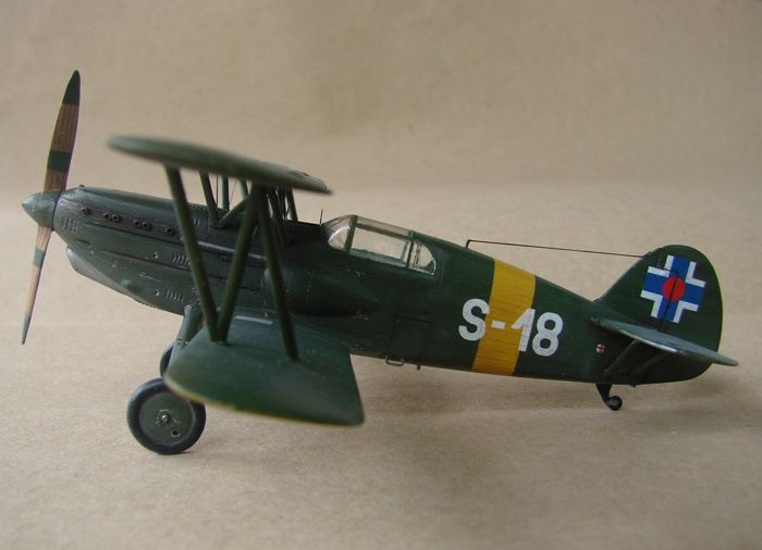 Avia B-534 serieIV., KP i RSmodels, 1/72 DSC00169