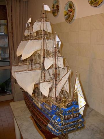 royal - I miei lavori terminati: Corazzata Bismarck, Soleil Royal, Victory. S6300007