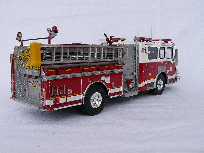 American LaFrance Eagle Fire Pumper 1:25 (Trumpeter) 7h6rdp5f