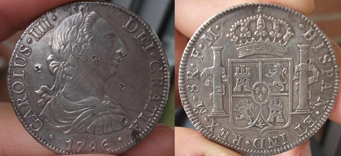 8 Reales de Carlos III 1786, ceca México. 1786