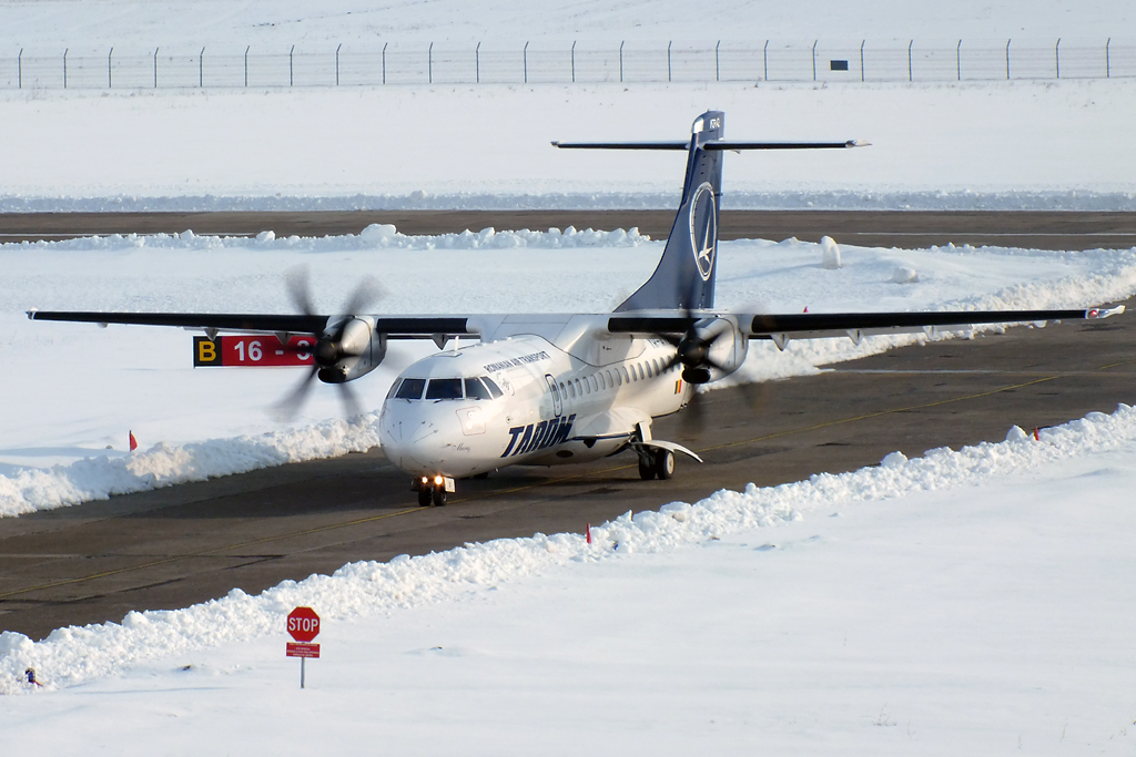 Aeroportul Suceava (Stefan Cel Mare) - Februarie 2013   DSCF7261