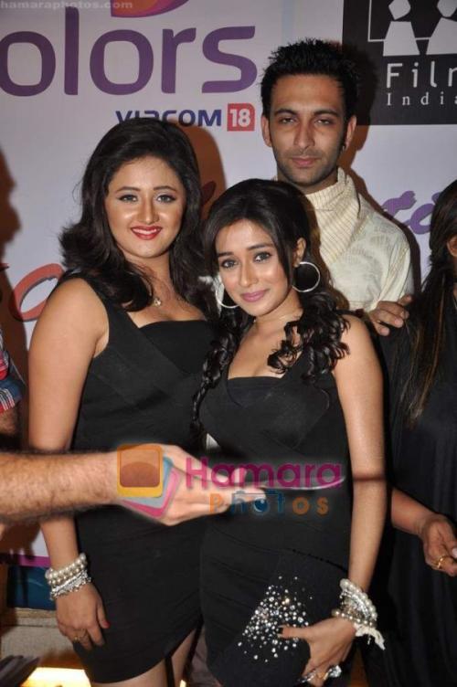 მსახიობები და მათი მეგობრები - Page 3 Hpse_normal_3665930317_Rohit_Khurana_Rashmi_De