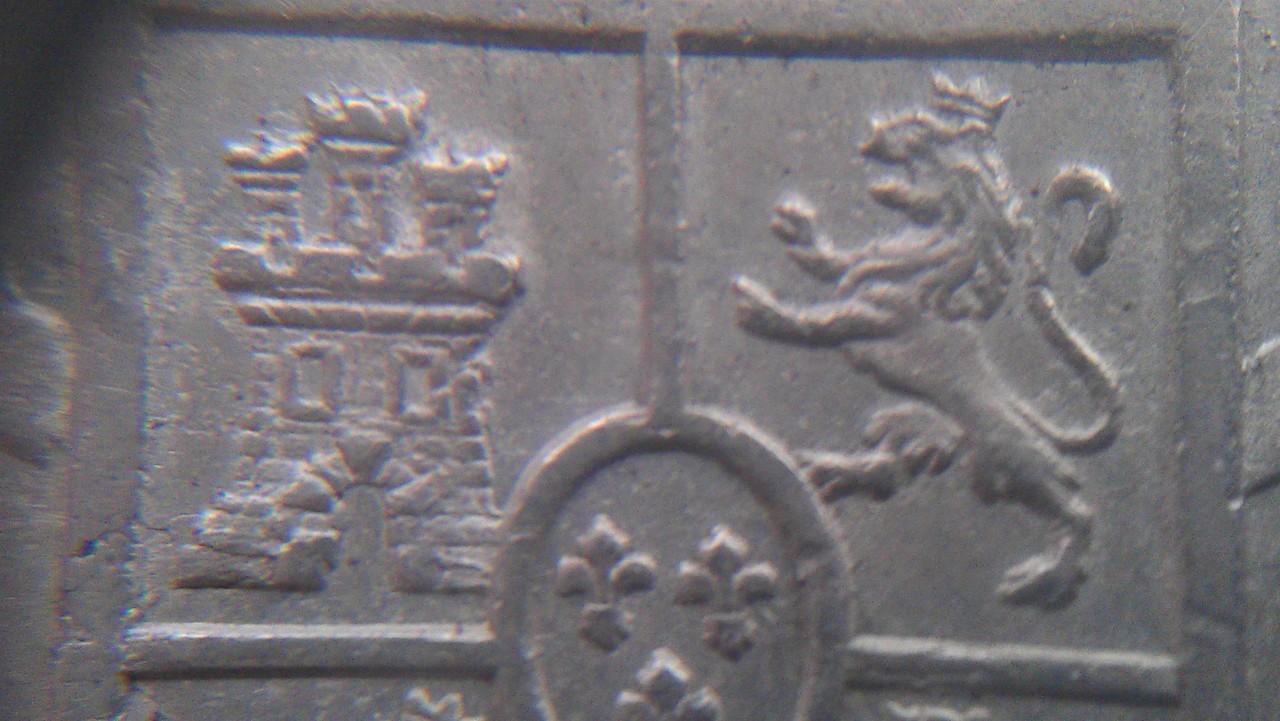 8 reales Carlos III 1773  Lima IMAG0863