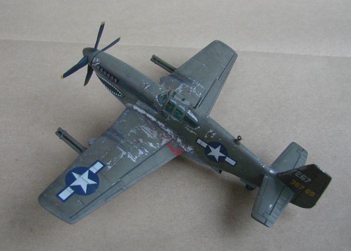 P-51 Mustang, Academy i P-51B Mustang (rebuild) Revell, 1/72 DSC02573