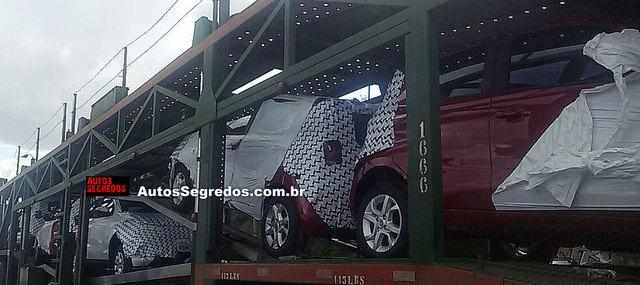 Fiat in Brasile - Pagina 6 Flagra_fiat_mobi_1
