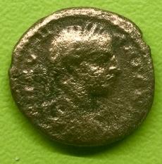 AE Assarion de Heliogábalo. Serpiente enrollada en bastón. Ceca Nicopolis ad Istrum (Moesia inferior). Thumb_thumb_IMG_4282_1024_1024