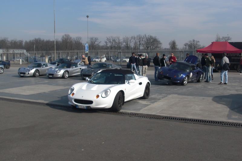 Un saluto da Verona... In cerca di una Lotus!!! CIMG8933
