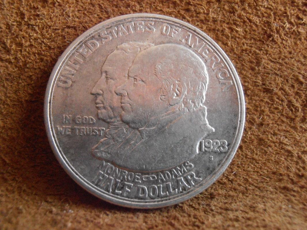 1/2 dolar  Monroe & Adams año 1.923 P4030005