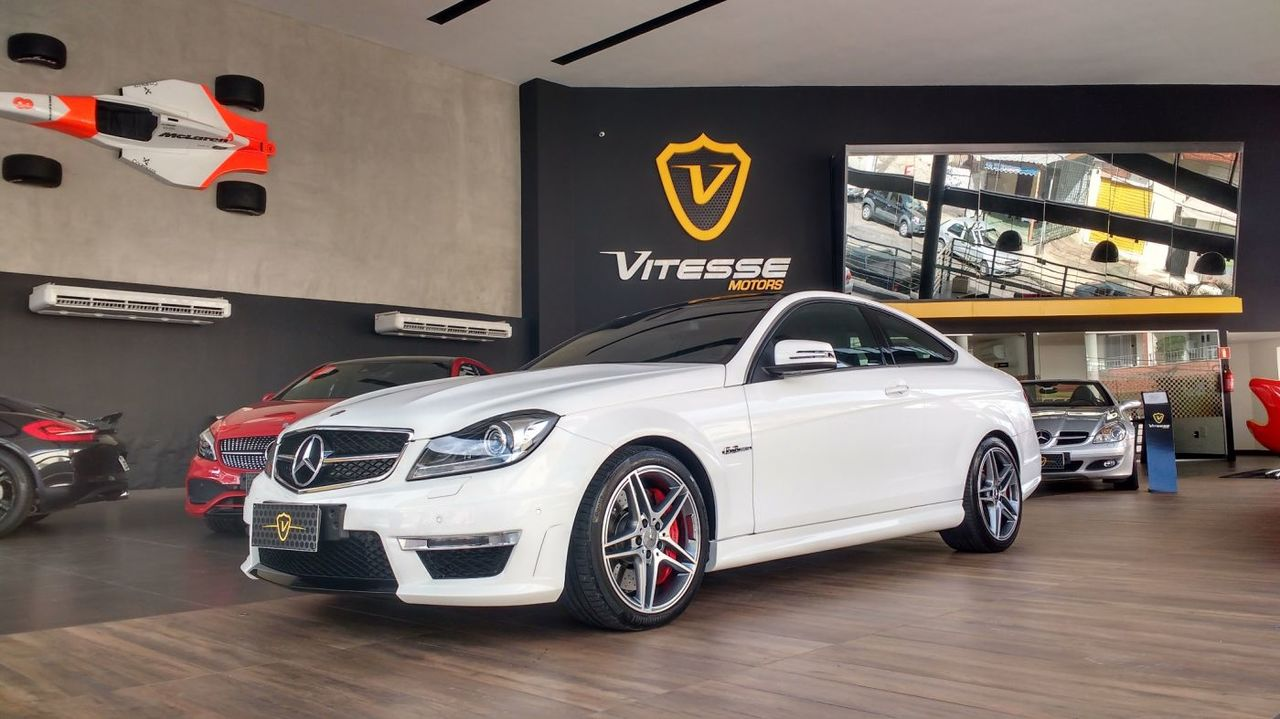 W204 C63 AMG coupe 2014 - R$ 285.000,00 591618d3c5fa8285323859