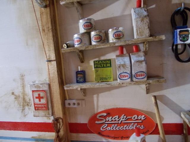 Diorama: garaje-taller crawler escala 1/10 - Página 2 DSCN1032