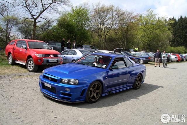 Nissan Skyline GT-R V-Spec II (R34) - Tamiya Nissan_skyline_r34_gt_r_v_spec_ii_c1141200420141