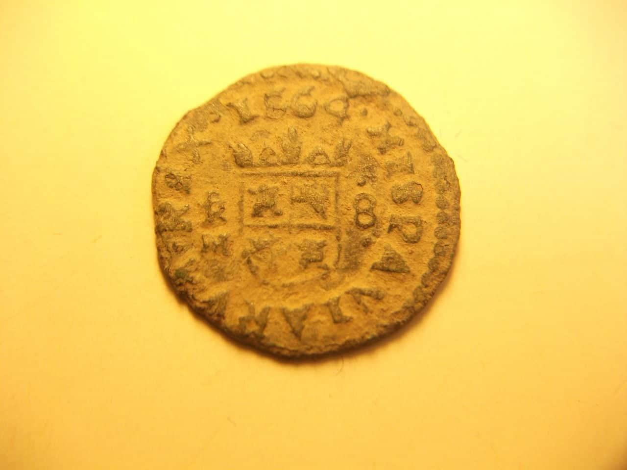 8 maravedis de 1664. Felipe IV, ceca de Trujillo DSCF2042