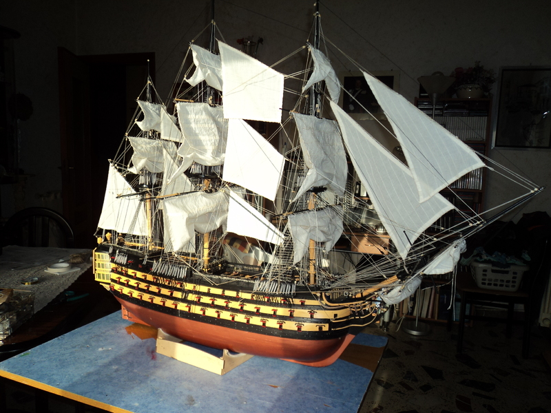 royal - Lavori terminati, USS Constitution, Soleil Royal, HMS.Victory. DSC04530