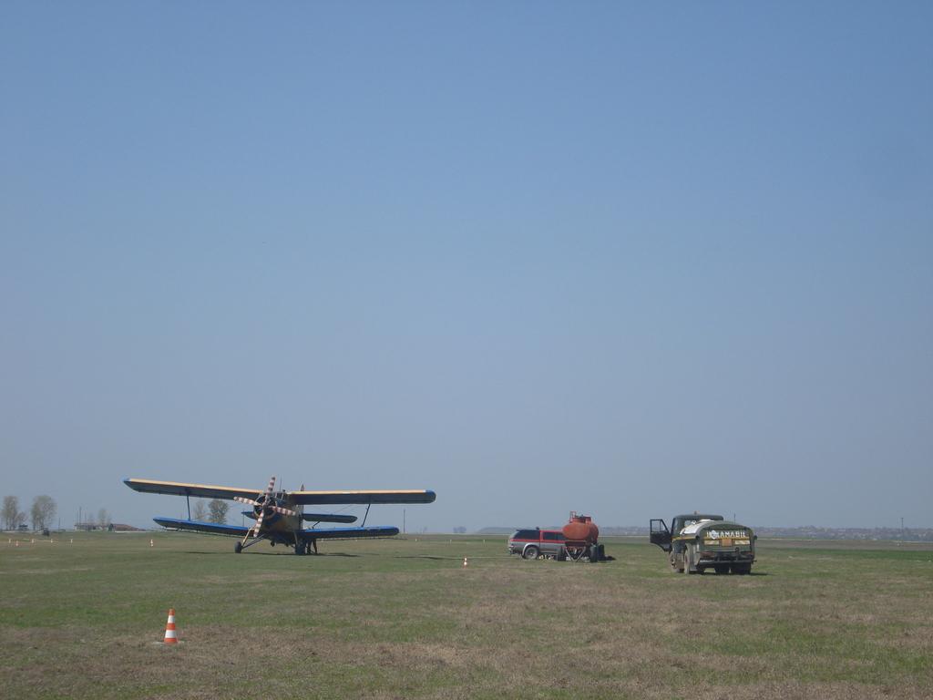 Antonov An-2 - Pagina 23 DSC08837