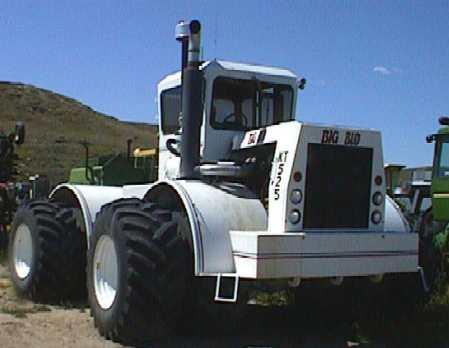 Hilo de tractores antiguos. - Página 2 Big_Bud_KT525
