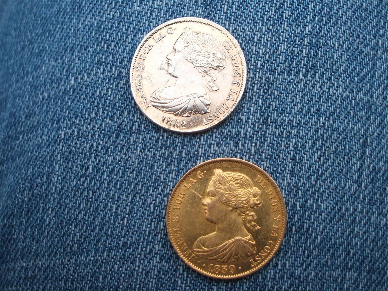 Isabel II Falsa de época en platino 015