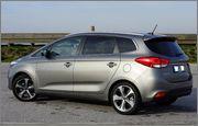 Kia Carens 1.7 CRDI TX 2014 Titanium Silver  DSC05505