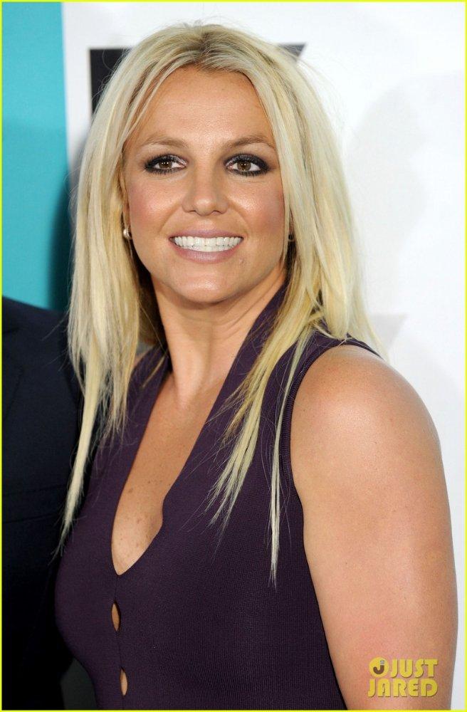 Бритни Спирс/Britney Spears - Страница 2 3f0acf6dab8c