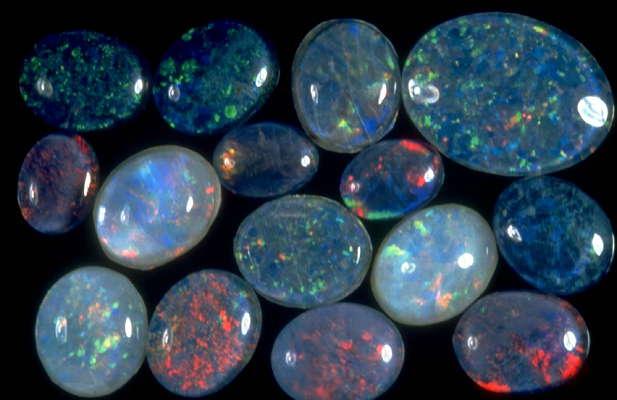 Описание и свойства некоторых камней 8cb25139f9a2