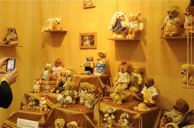 Международная выставка мишек тедди и кукол в Москве A5c784413073