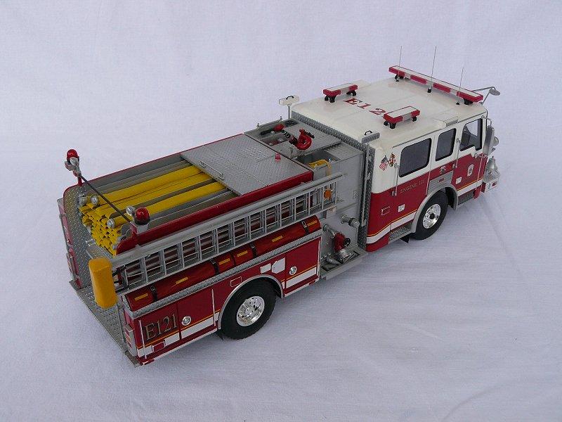 American LaFrance Eagle Fire Pumper 1:25 (Trumpeter) Lyi95csv
