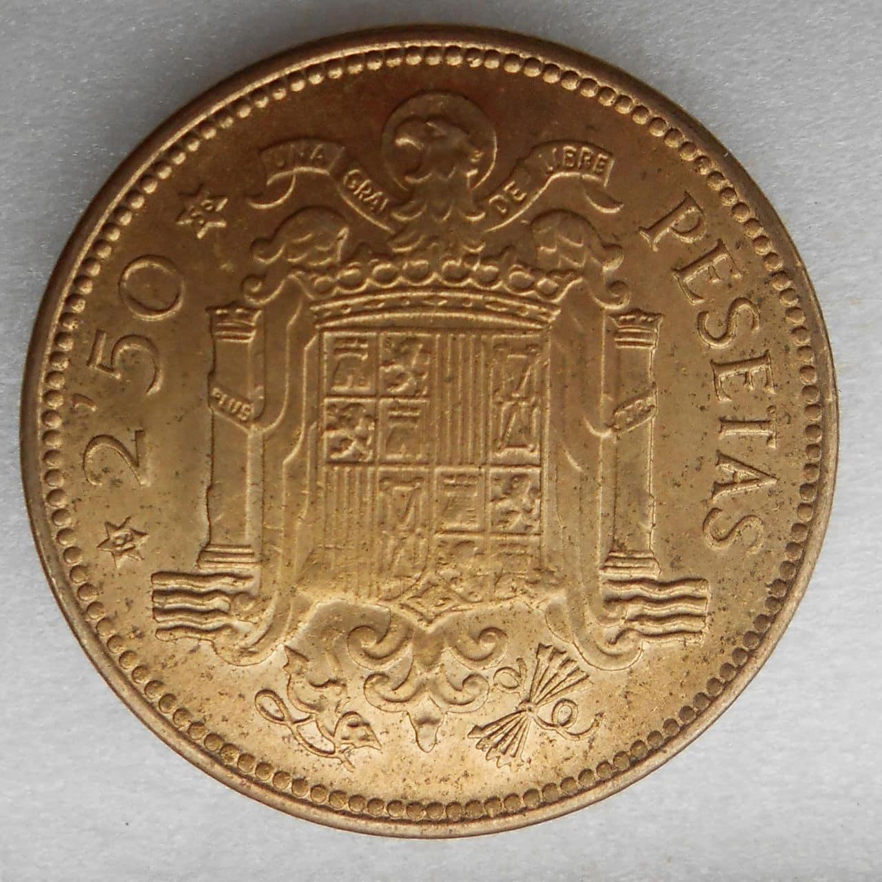 2,50 pesetas 1953 * 56. Estado Español. DSCN1208
