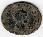 Identificar antoniano de Claudio II con doble reverso Mon003a
