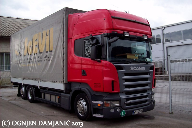 Scania R         - Page 12 100_8558