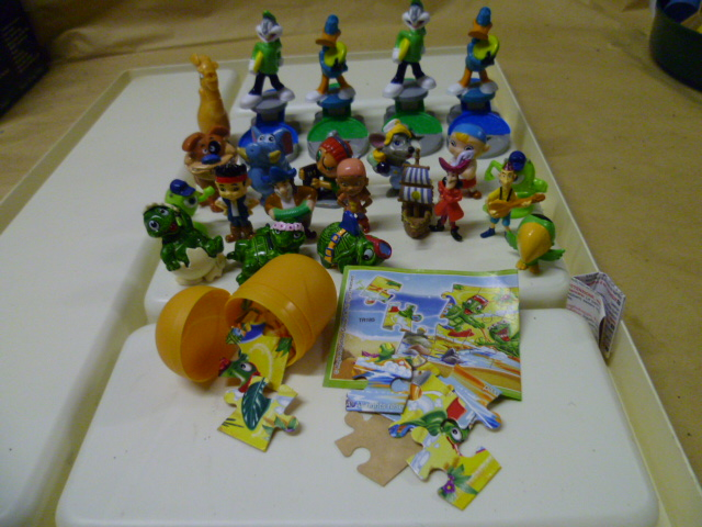 kinder - Cerco figurine, libri game, componibili Kinder fine anni 80, cd e dvd Kinder_002