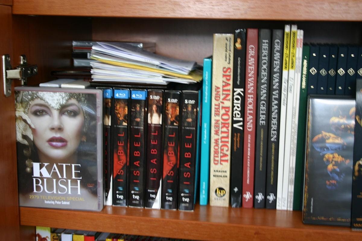 Mi humilde biblioteca IMG_1506