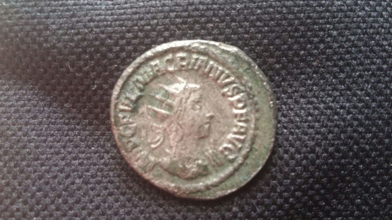 Antoniniano de Macriano. ROMAE AETERNAE. Roma sedente a izq. Ceca Antioch. IMG_20170301_WA0003