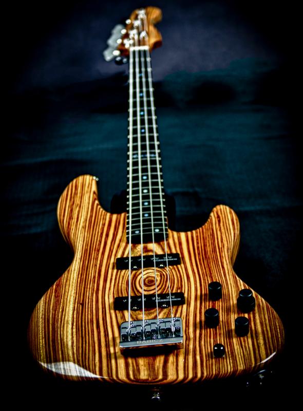Mostre o mais belo Jazz Bass que você já viu - Página 10 Captura_de_Tela_2015_11_30_s_18_31_13
