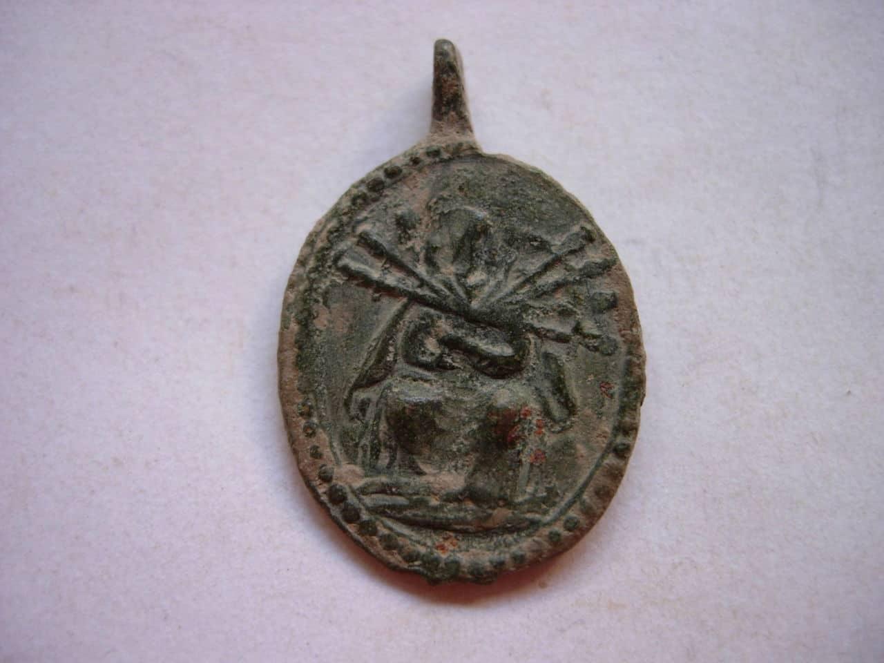 Medalla coronilla servita SXVIII Cuarto Dolor Baj_240