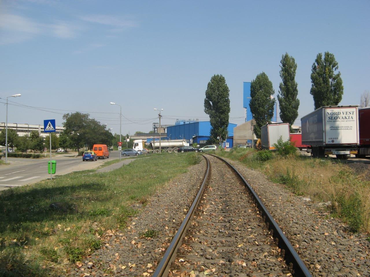 Calea ferată directă Oradea Vest - Episcopia Bihor IMG_0039