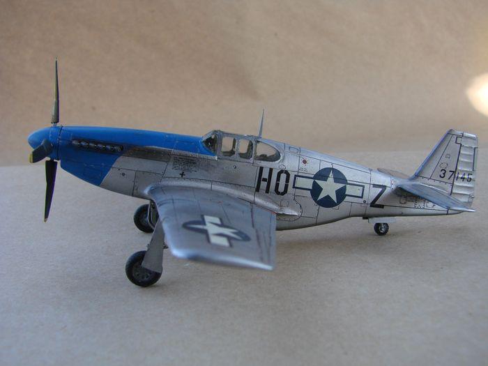 Mustang x2 P-51B Revell & P-51D Tamiya, 1/72 DSC09766