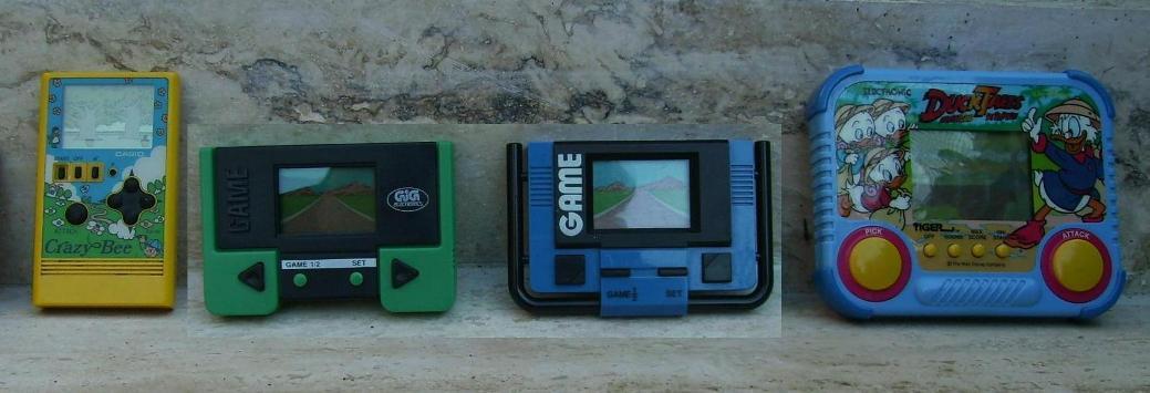Sto cercando vecchi giochi degli anni: 80s/90s  I941955_Consol