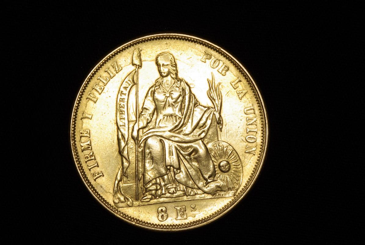 8 Escudos. República del Peru. 1863. Lima Imagen_200