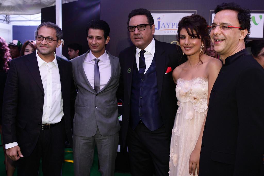 Priyanka Chopra (MISS WORLD 2000) - Page 3 Priyanka_Chopra_2012_IIFA_Awards_Day_3_y_Xe_BZ8yb_Q