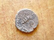 Antoniniano de imitación bárbara de Tétrico I. P1360649