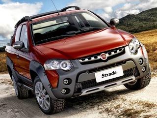 Fiat in Brasile - Pagina 2 Fiat_Strada_Adventure_2015