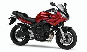 Orígen, historia y evolución | Yamaha FZ6 - Fazer 2006_FZ6_S_Rojo